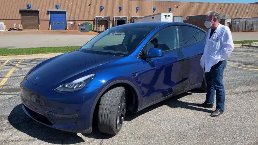 Sandy Munro Takes The Tesla Model Y Out For A Detailed Test Drive