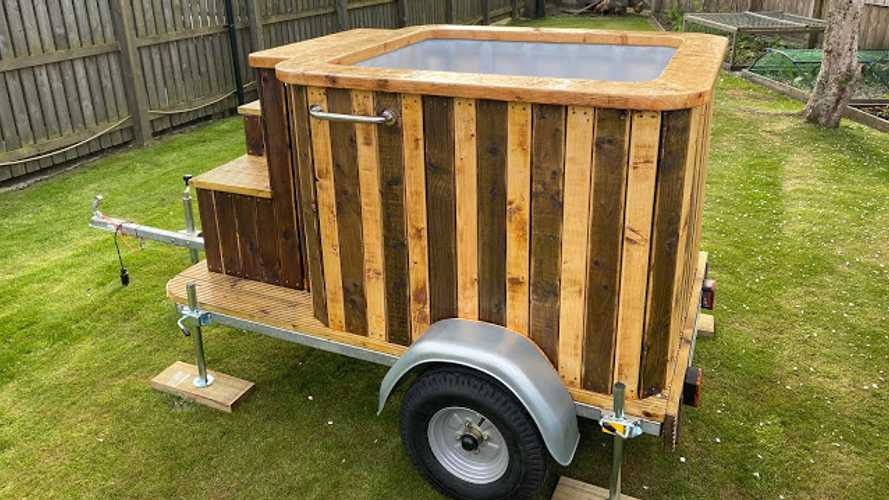 Hot Tub Trailer Brings The Good Times Along For The Ride