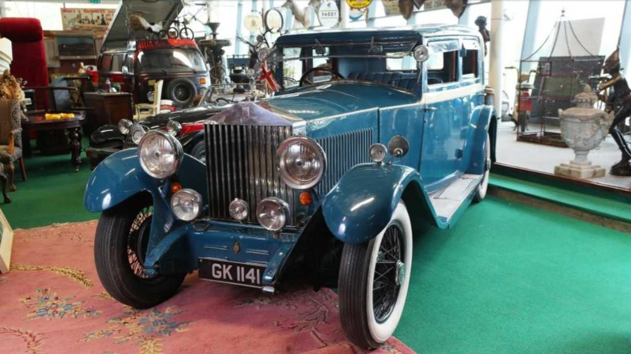 Former British deputy PM's Rolls-Royce on sale in Brexit auction