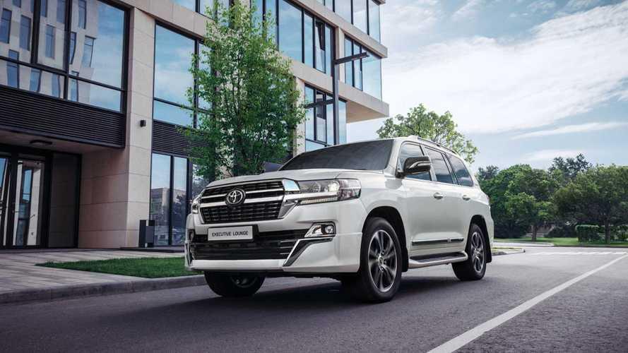 Toyota обновила флагманский Land Cruiser для России