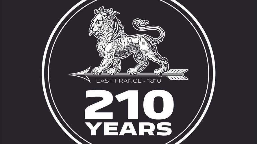 Peugeot festeggia i 210 anni con un nuovo logo