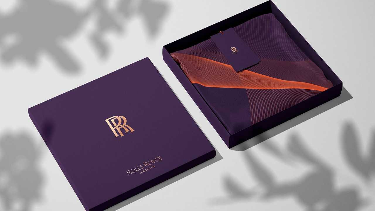 Rolls Royce Debuts New Logos And Signature Color