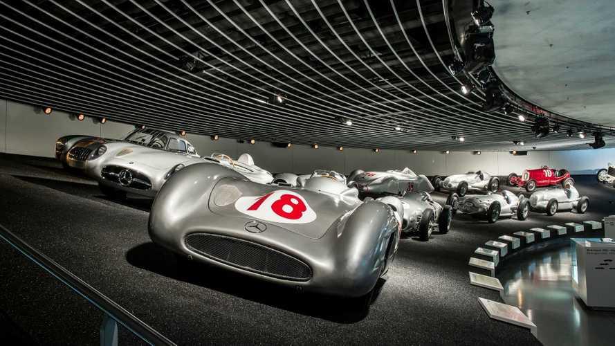 Visita el Museo Mercedes-Benz en Stuttgart, a vista de dron