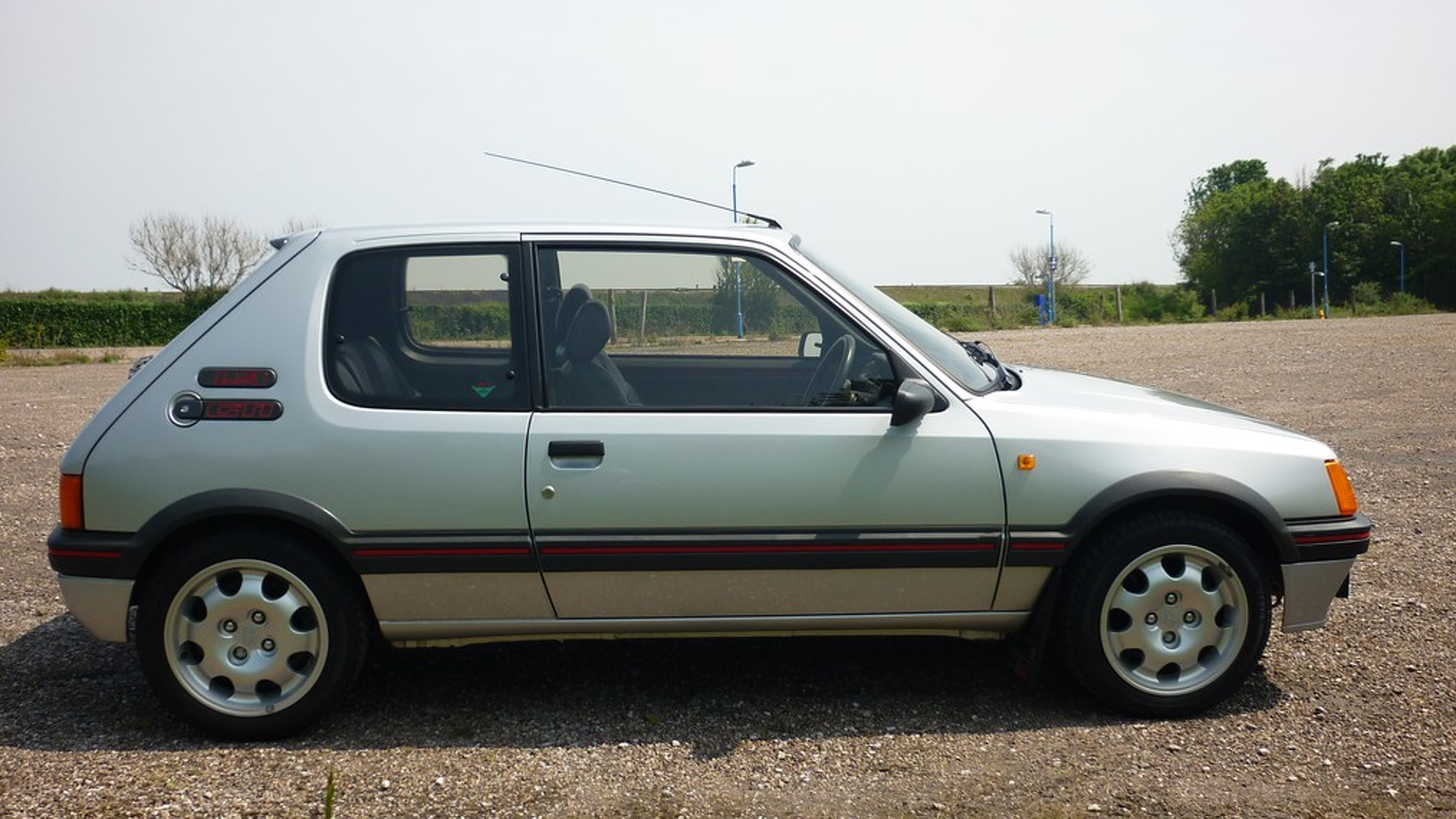 Vloermat 205 Gti.1989 Peugeot 205 Gti Sells For 31k And Sets New World