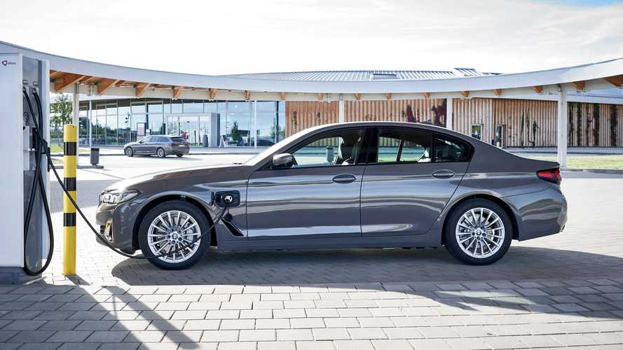 BMW 320e ve 520e