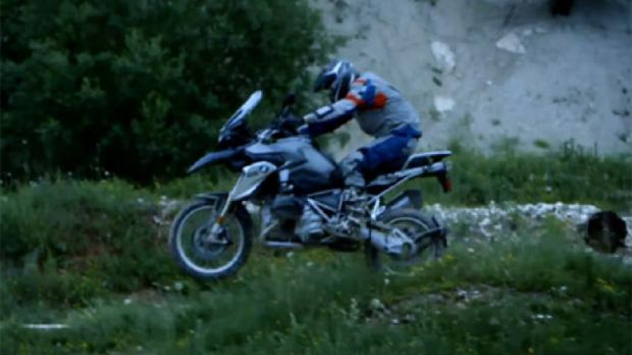 "BMW R 1200 GS 2013  ""The birth of an Icon"" - VIDEO 2/3"