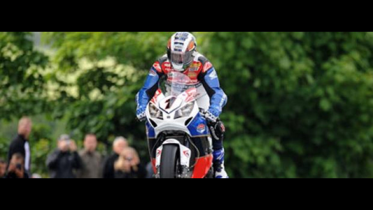 Tourist Trophy 2012: McGuinness si impone tra le Superbike