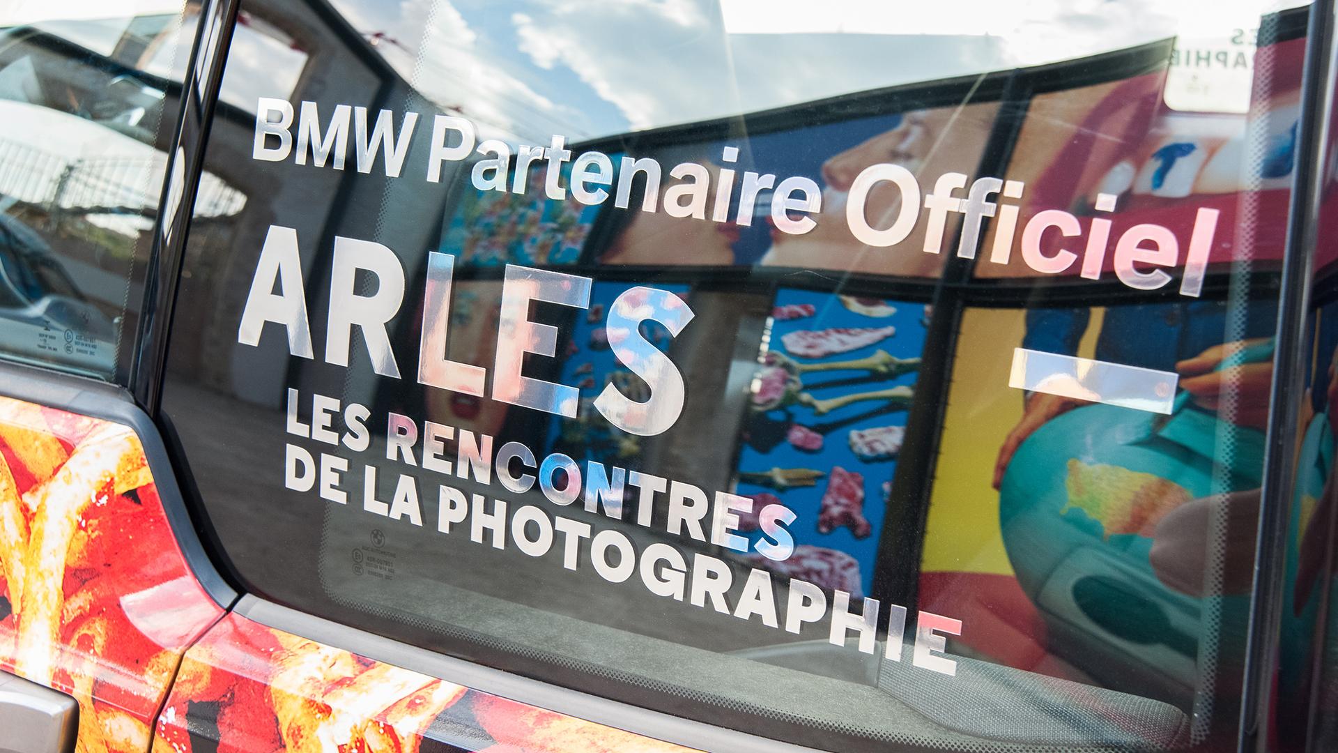 Exposition de la lauréate de la résidence BMW à Arles