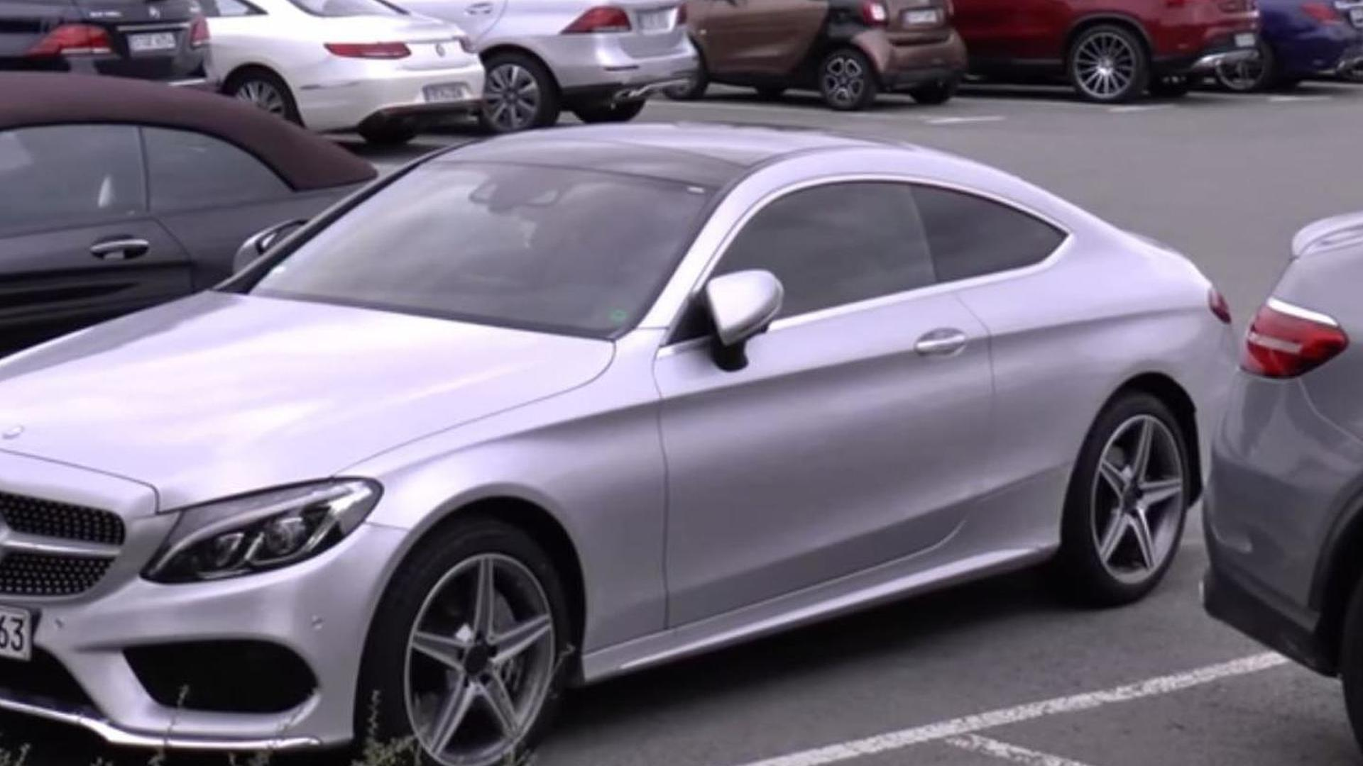 Mercedes Benz C Cl Coupe And S Cabriolet Spotted In The Metal For First Time Videos