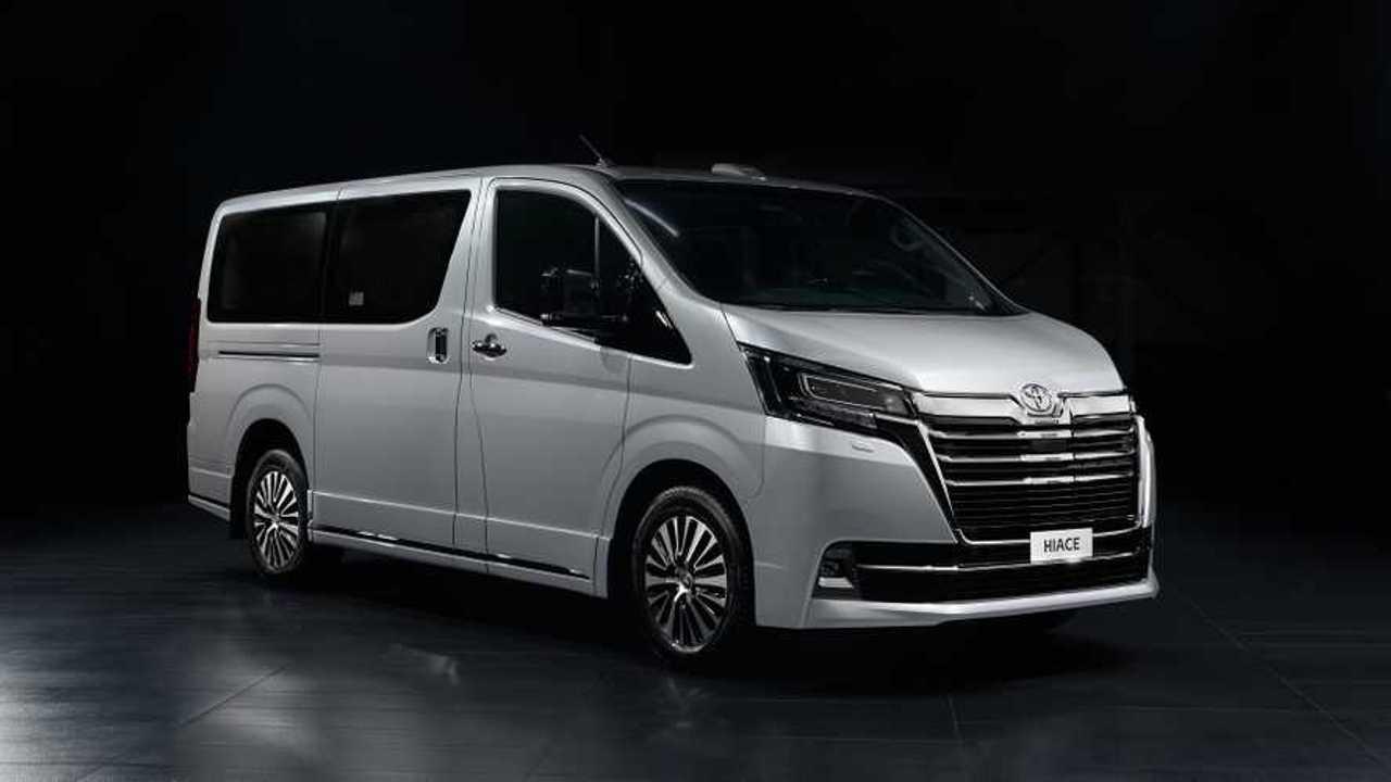 Toyota Hiace VIP для России