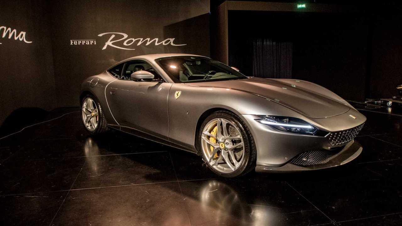 Ferrari Rome, Fotos ao vivo
