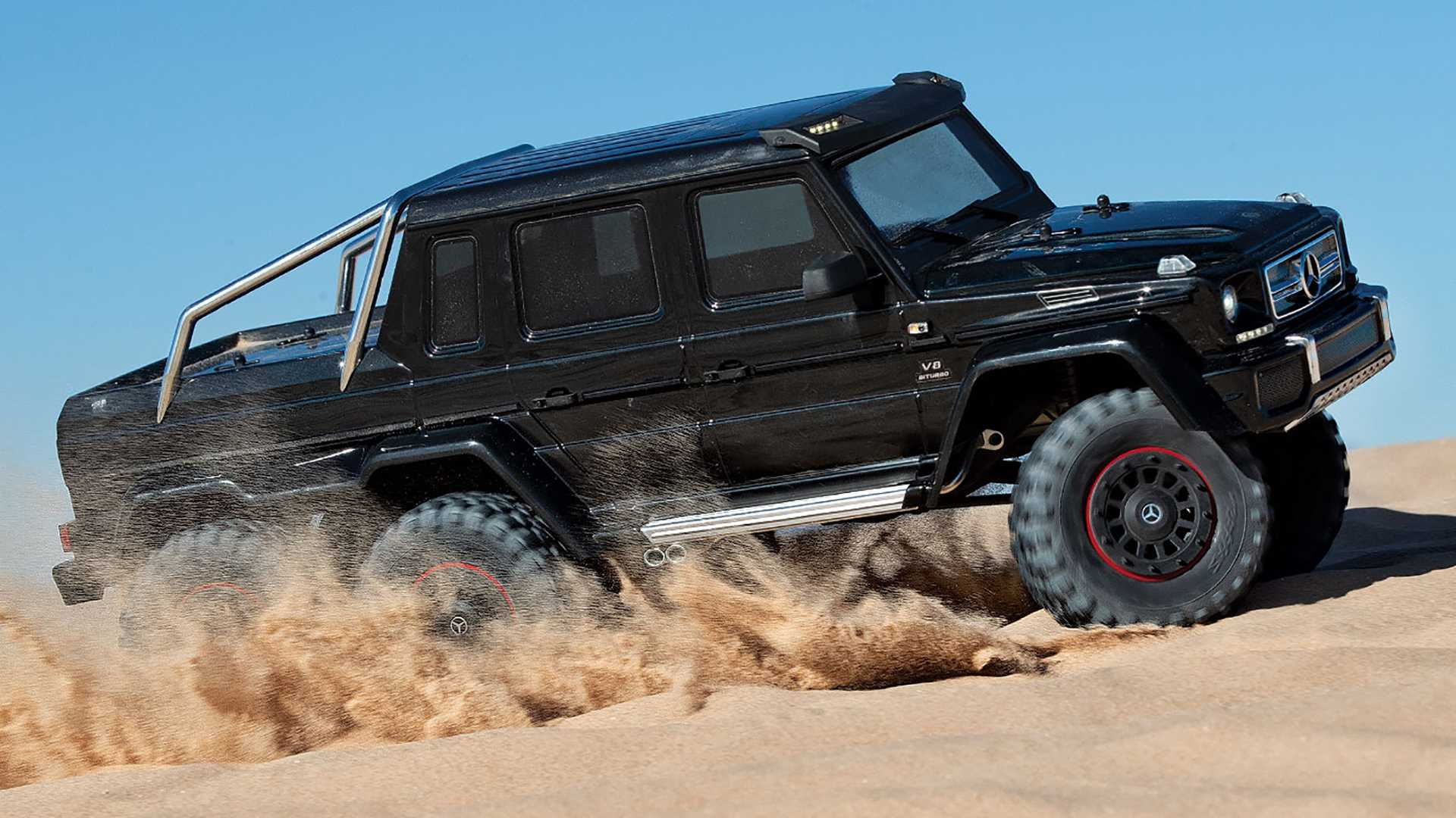 Traxxas TRX-6 Mercedes-AMG G63 6x6 is ready to tackle the Rubicon