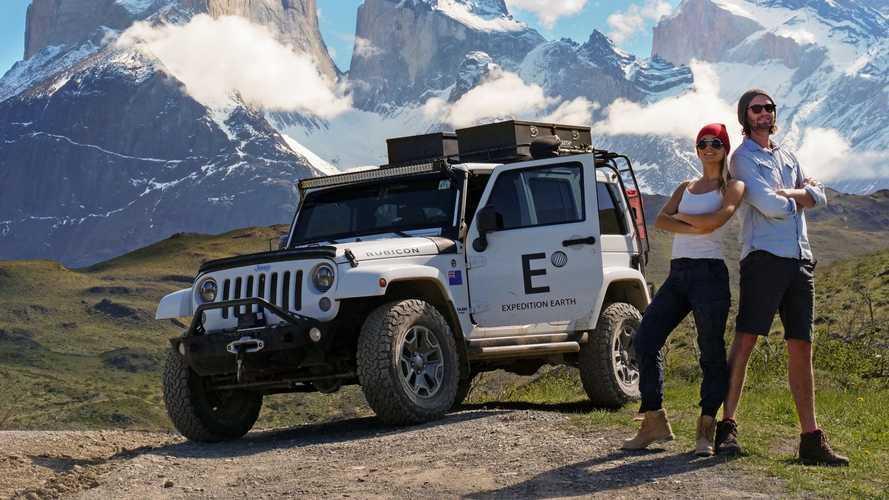 1 Jeep, 2 kişi, 3 yıl, 7 kıta ve toplam 350 bin km...