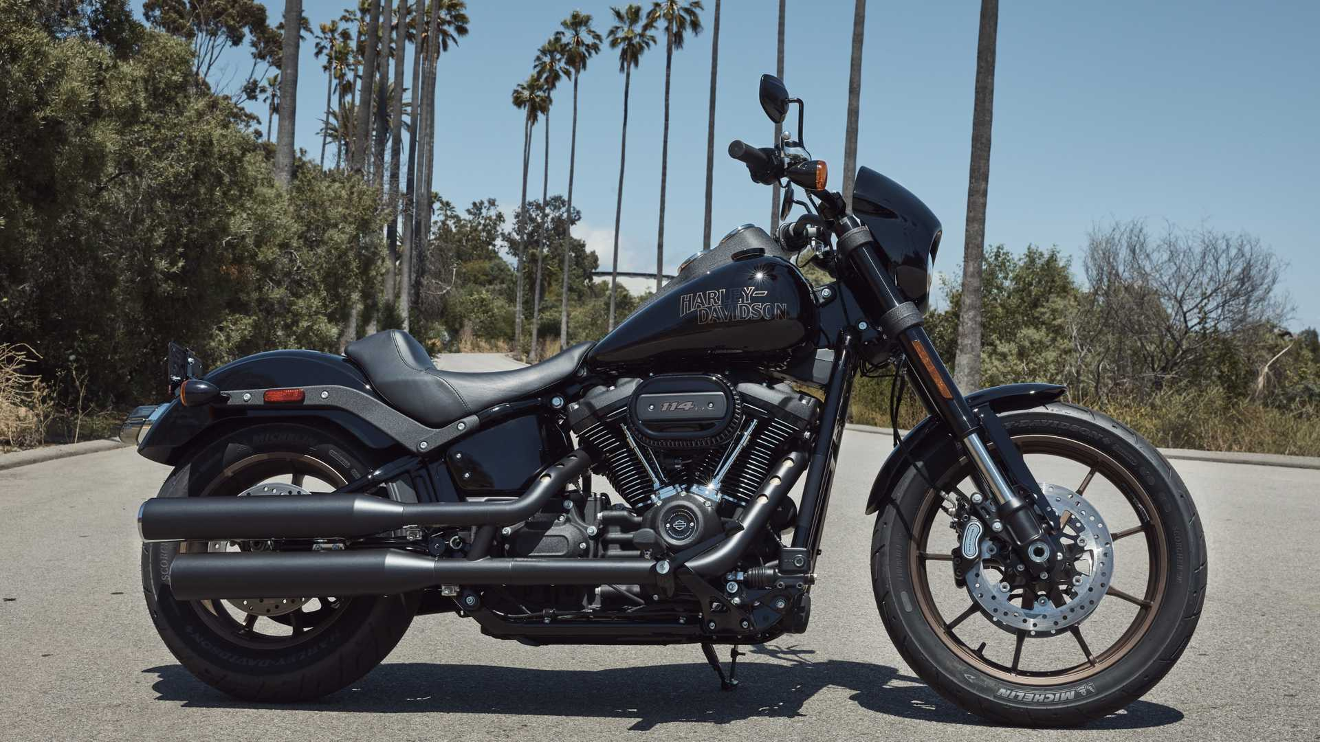 Harley Davidson Colors >> Harley Announces New Bikes Colors And A Trike For 2020