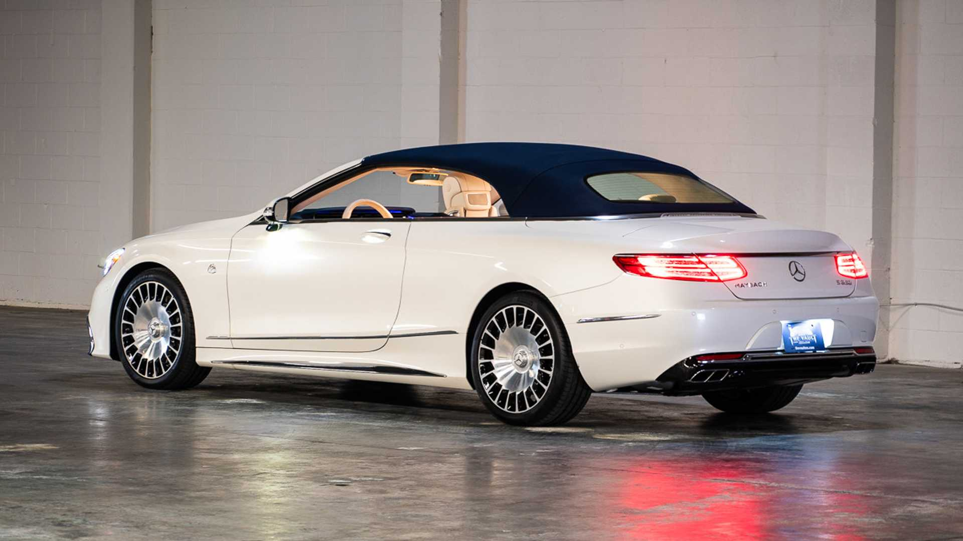 "[""2017 Mercedes-Maybach S650 Cabriolet Is A Drop Top With Elevated Luxury""]"