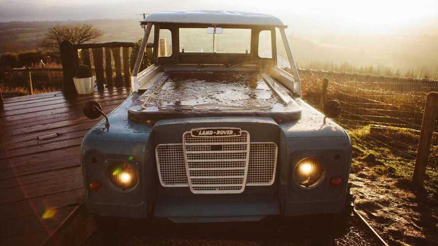 Land Rover hot tub & caravan