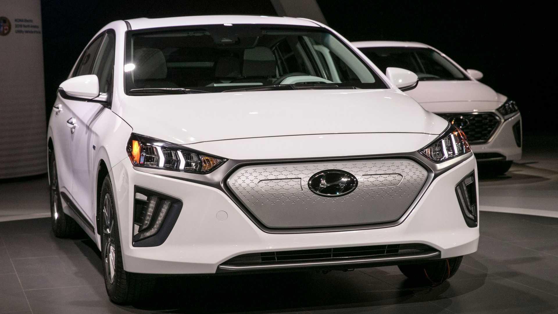 Hyundai IONIQ Electric at the 2019 Los Angeles Auto Show