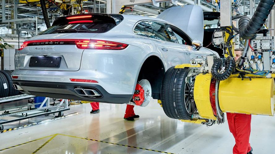 2018 Porsche Panamera Sport Turismo production