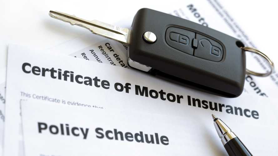 'Bumpy road ahead' predicted as car insurance prices rise slightly