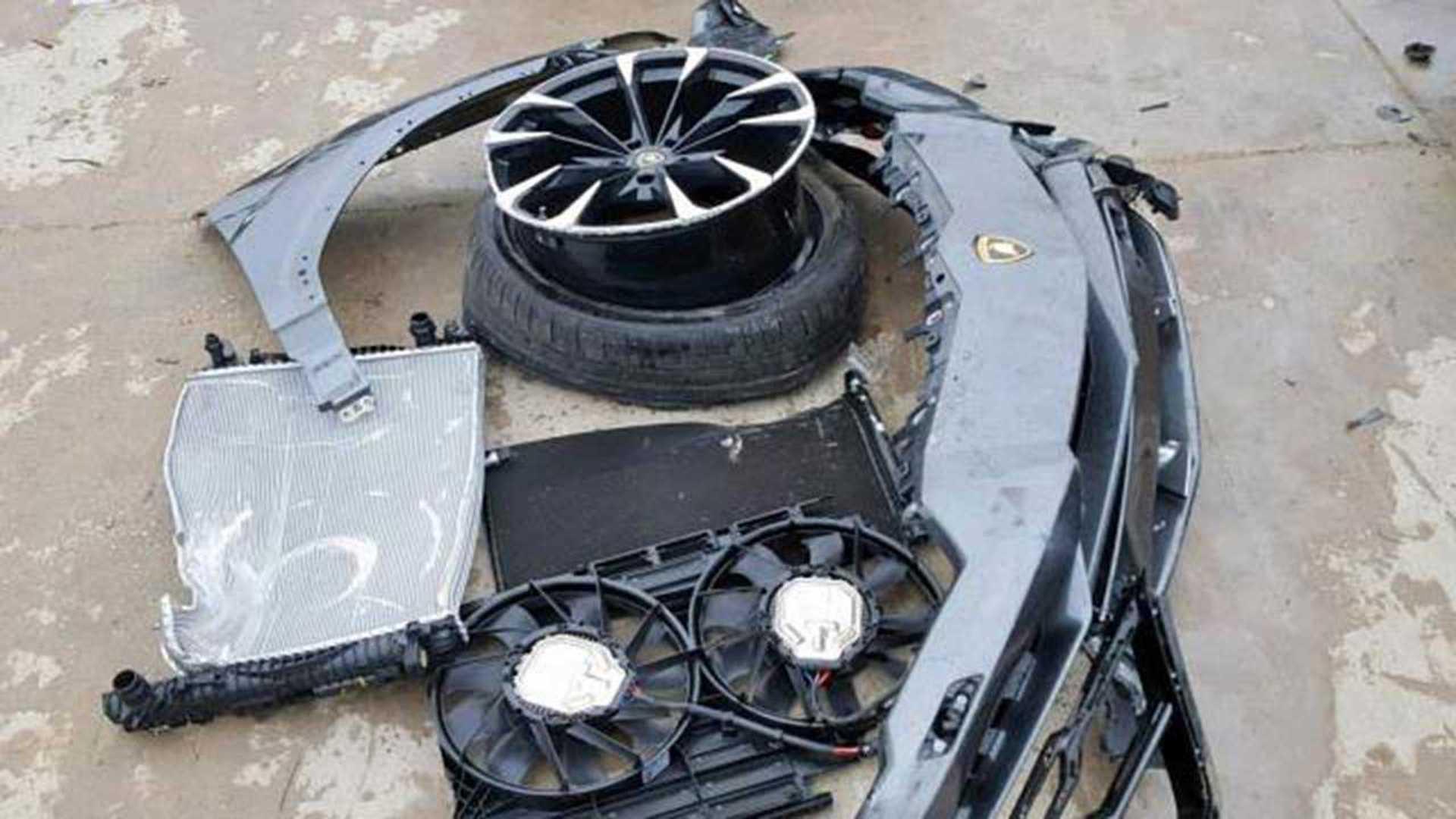 Crashed Lamborghini Urus With 752 Miles On Sale For 115k