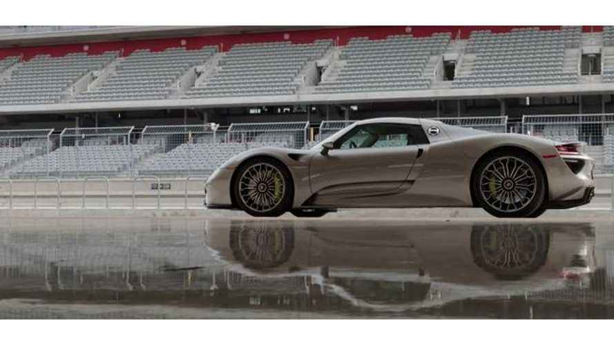 Porsche 918 Spyder Hot Lap - Video