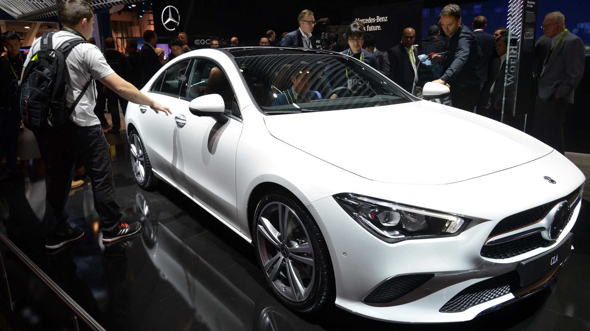 2020 Mercedes Cla Class Debuts With Svelte Shape 221 Hp