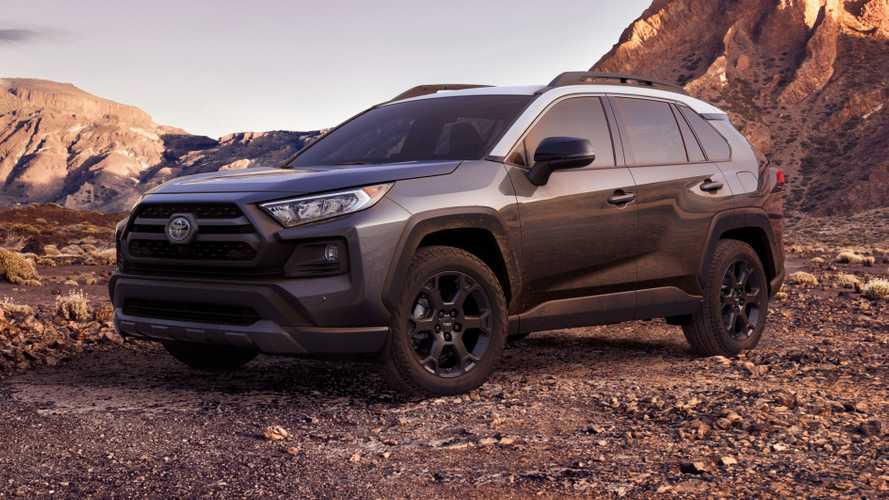 Toyota RAV4 fica pronto para lama na versão TRD Off-Road