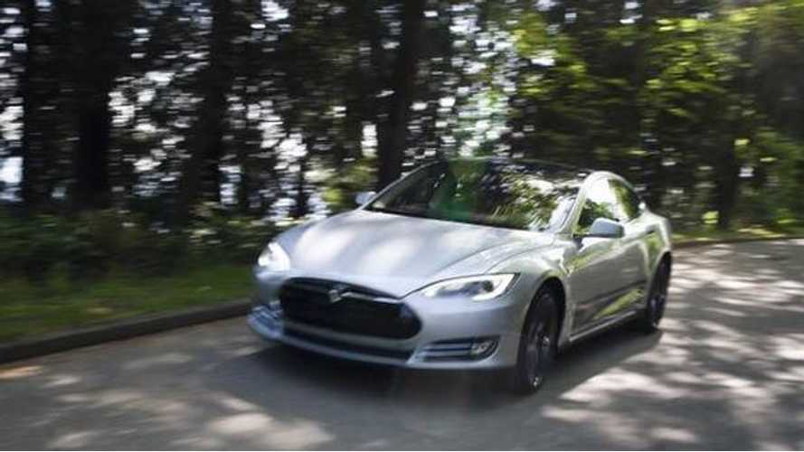 "The Globe And Mail: ""Tesla Model S Is Like a Rocket To The Future"""