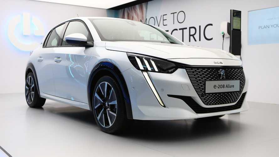 FCA considera usar plataforma da PSA para futuro carro elétrico
