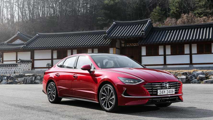 Стало известно, какие моторы получит в России новая Hyundai Sonata