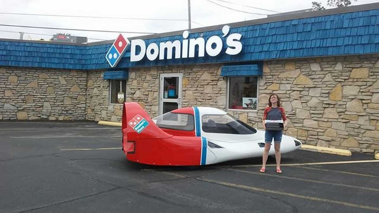 1984 Domino's Pizza Tritan A2 delivery car for sale
