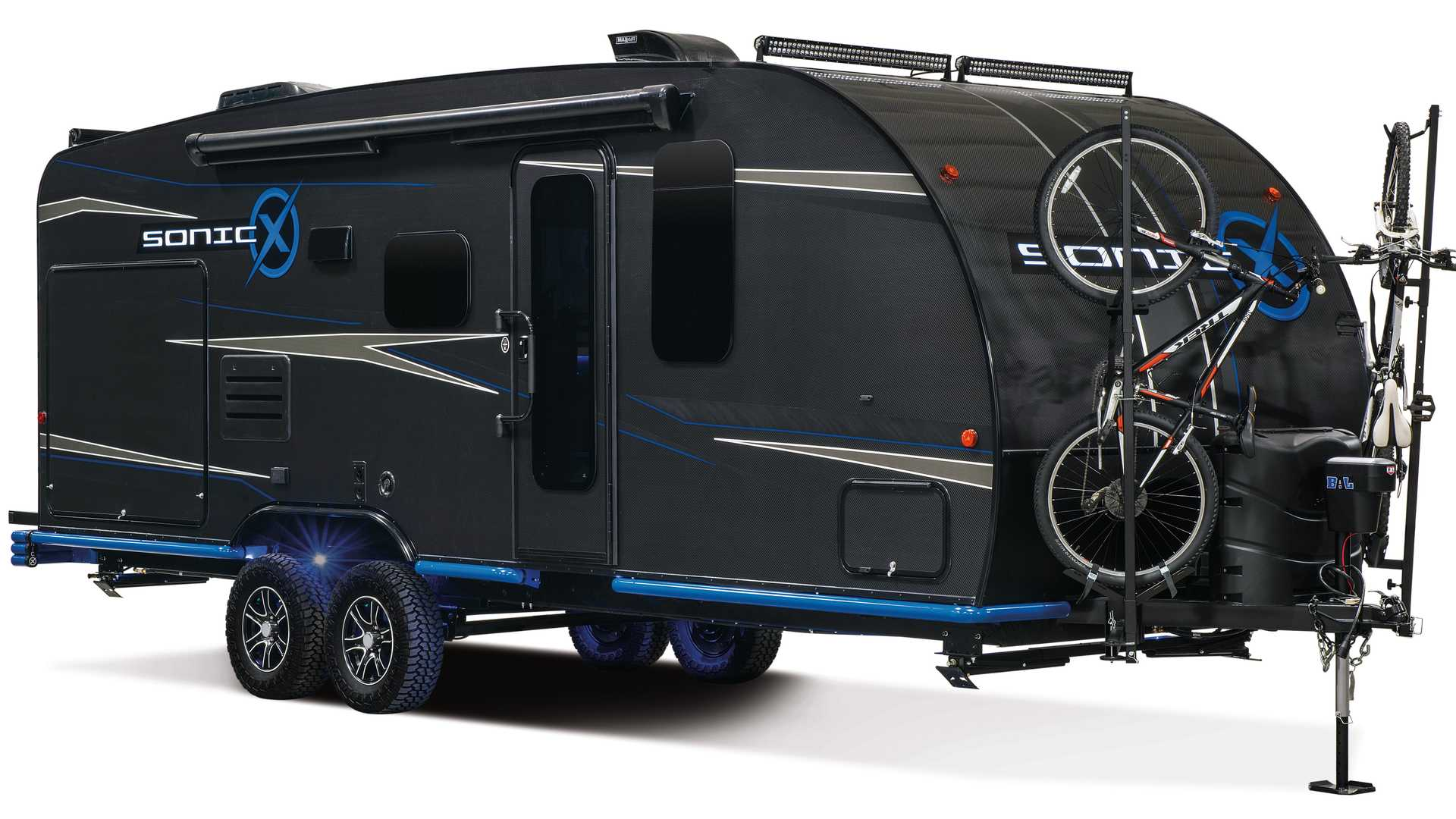 Sonic X RV Trailer Is A Fully Sustainable, Carbon Fiber Camper