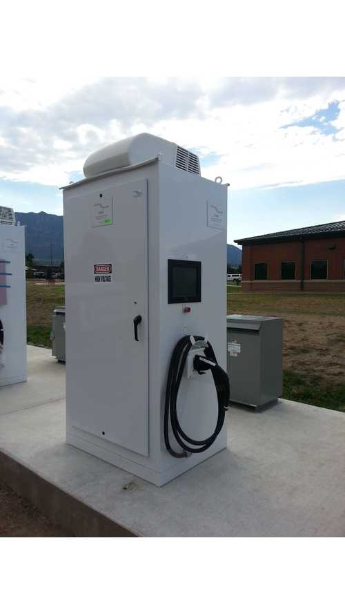 Burns & McDonnell Install Bi-Directional EV Chargers in Colorado