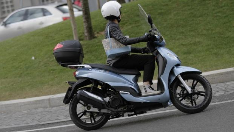 Peugeot Scooters Tweet Paris e Double Black - TEST