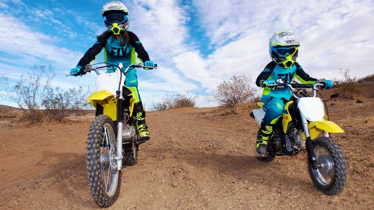Mother-Daughter-Dirt-Bike-Riding-off-road-motorcycle-women-girls-5