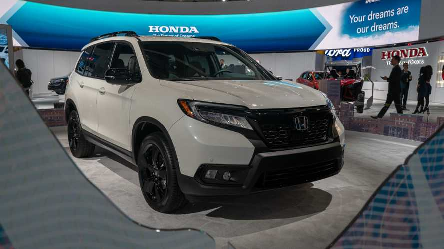 2019 Honda Passport Debuts Its SUV Bod To The LA Scene