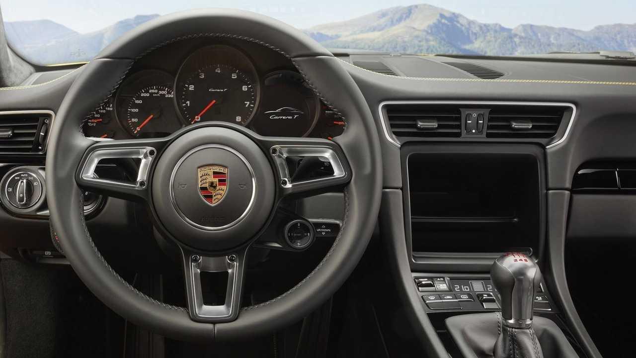 991 Porsche 911 Driver View