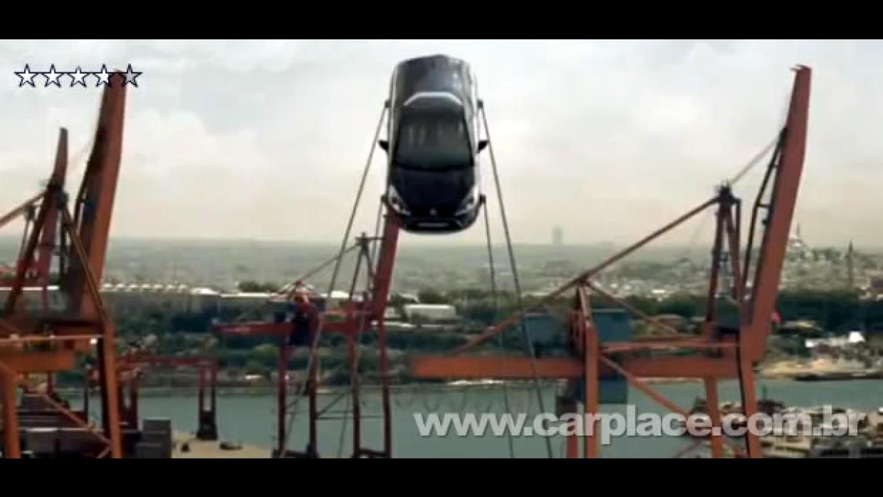 VÍDEO: Novo Citroën C3 vira balança gigante em comercial