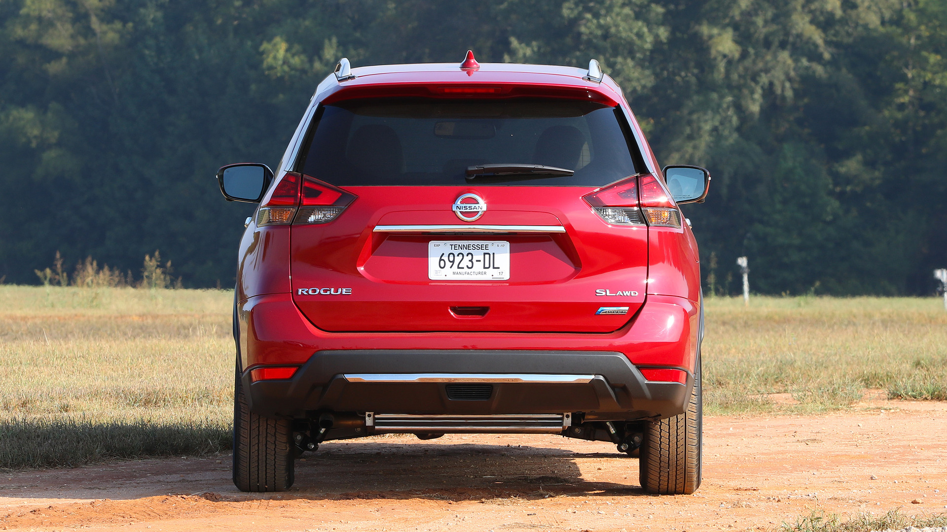 2017 Nissan Rogue Hybrid First Drive: Efficiency at the ...
