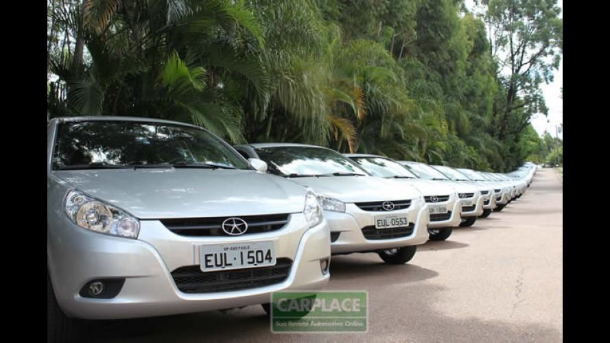 Garagem CARPLACE: Avaliação de longa duração do sedan JAC J3 Turim