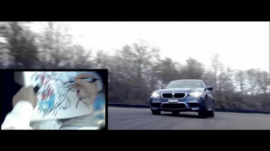 Cartão de Natal é feito durante volta em BMW M5
