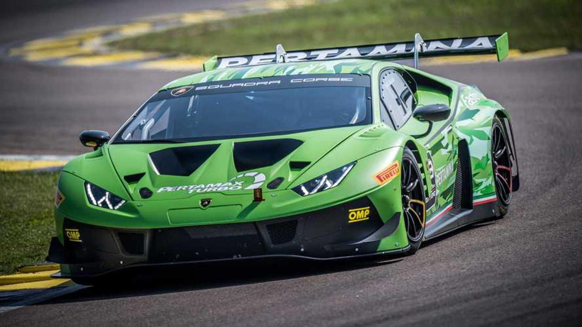 Lamborghini Squadra Corse Celebrates 400th Huracán Race Car