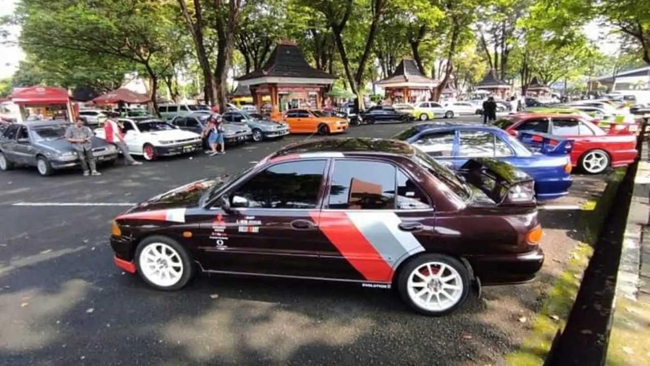 Kumpul Bareng komunitas dan klub mobil di TMII