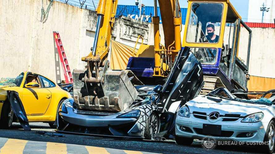 Une McLaren 620R détruite par les autorités philippines