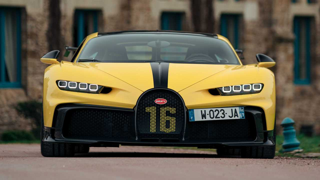 Bugatti Chiron Sport et Pur Sport à Paris