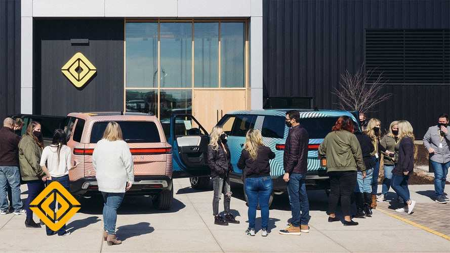 Rivian Preps To Begin R1T Deliveries In June With A Plus: Rivian Guides