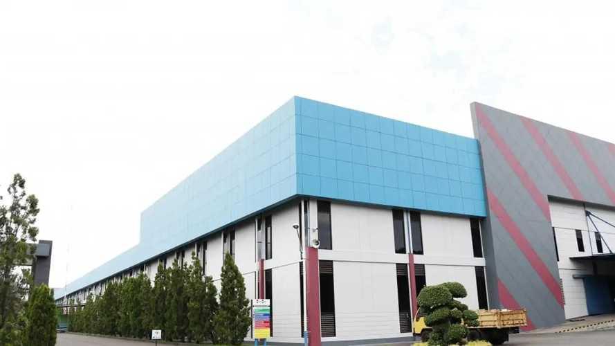 Ternyata Perusahaan Asal Surabaya Ini Pemasok Speaker Mobil Mewah