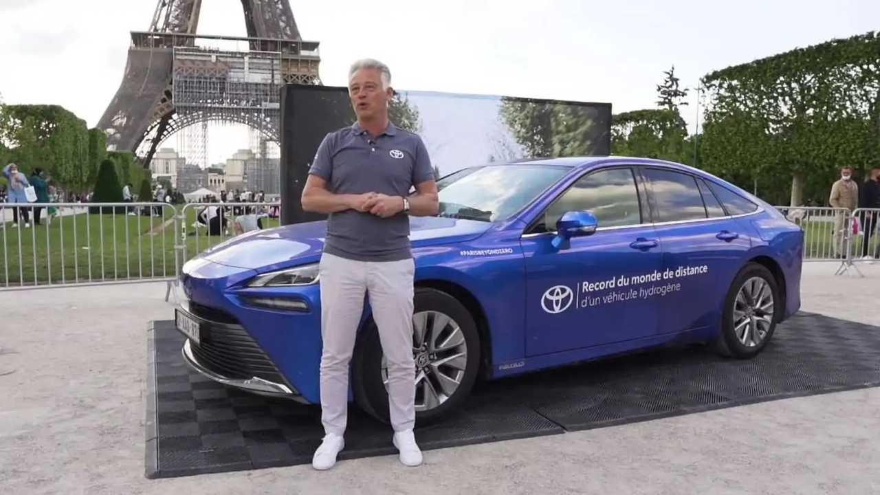 Toyota Mirai recorde autonomia
