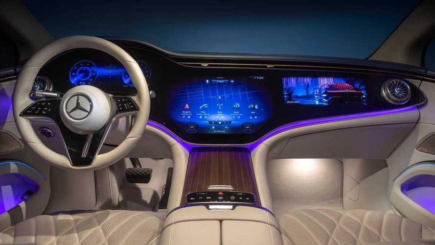 Come cambia la Mercedes EQS con gli aggiornamenti over the air