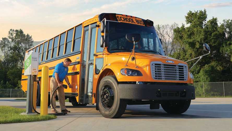 Thomas Built Buses Receives Nation's Largest Electric School Bus Order